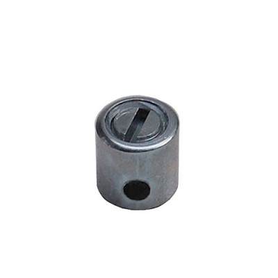 Cable fastener for throttle